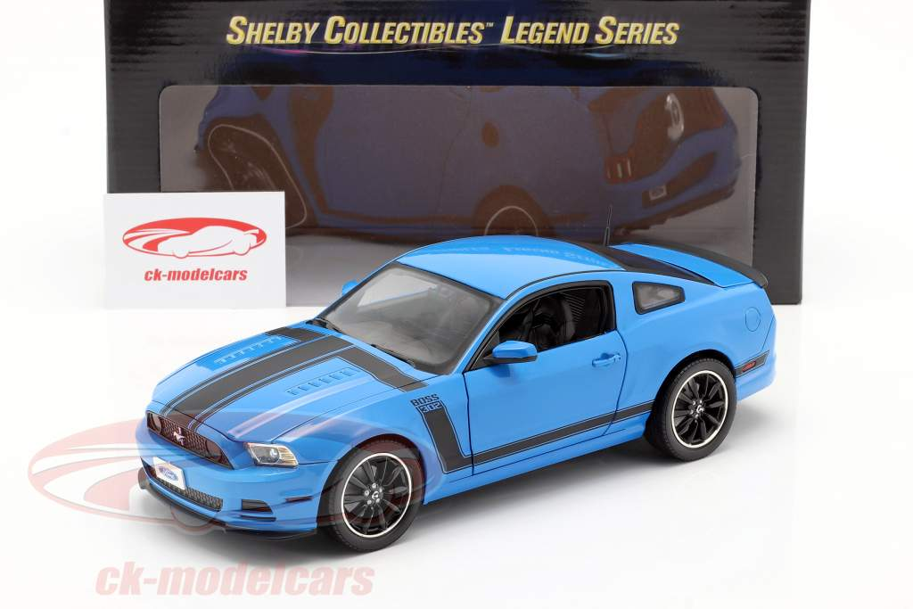 Ford Mustang Boss 302 Year 2013 blue / black 1:18 ShelbyCollectibles