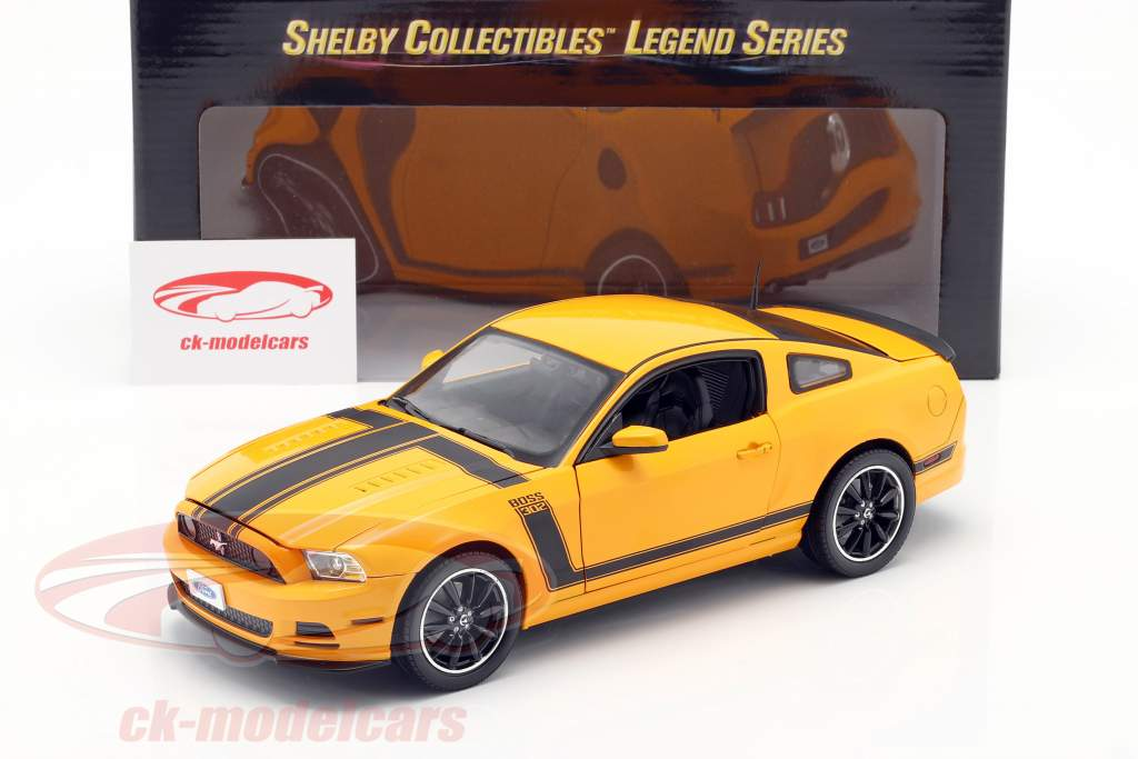 Ford Mustang Boss 302 Year 2013 yellow / black 1:18 ShelbyCollectibles