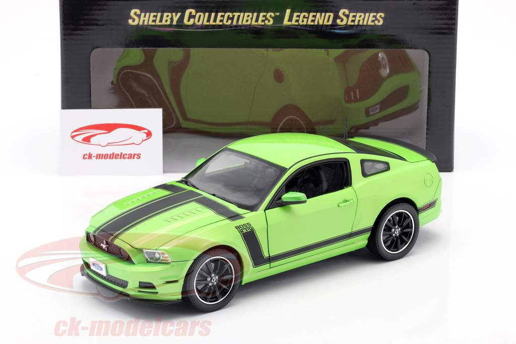 Ford Mustang Boss 302 Year 2013 green 1:18 ShelbyCollectibles