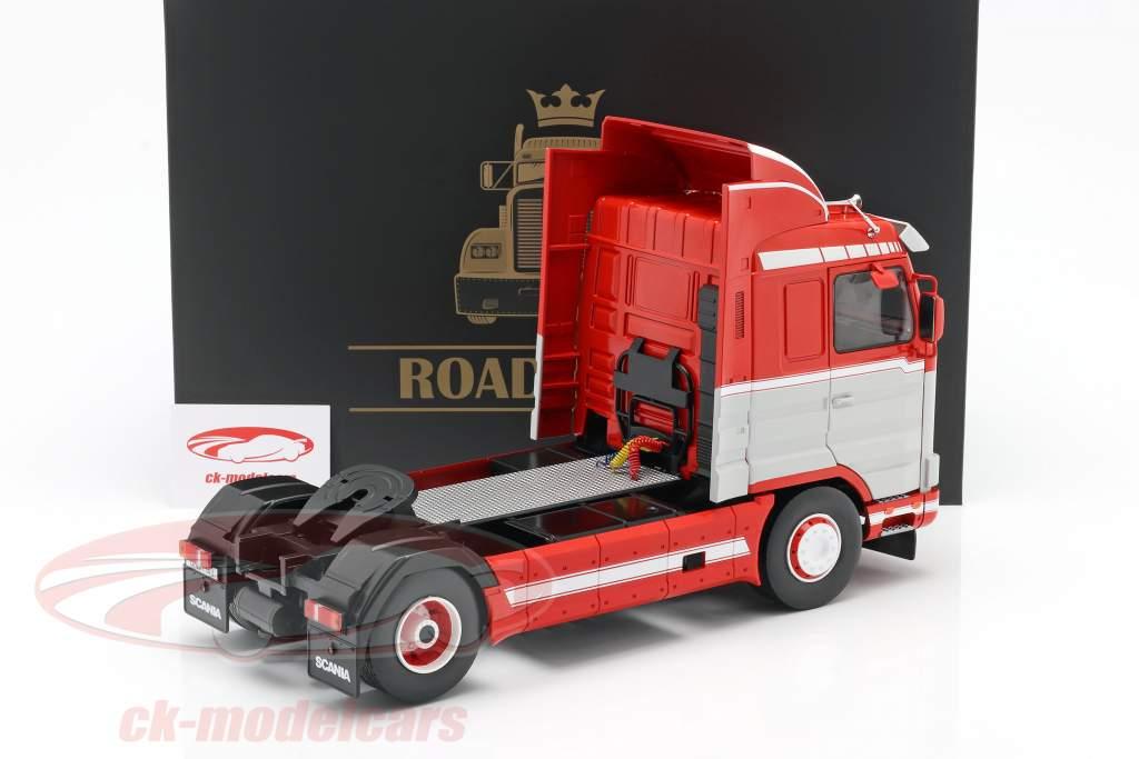 Scania 143 Streamline Vrachtwagen 1995 rood / Wit / Grijs 1:18 Road Kings