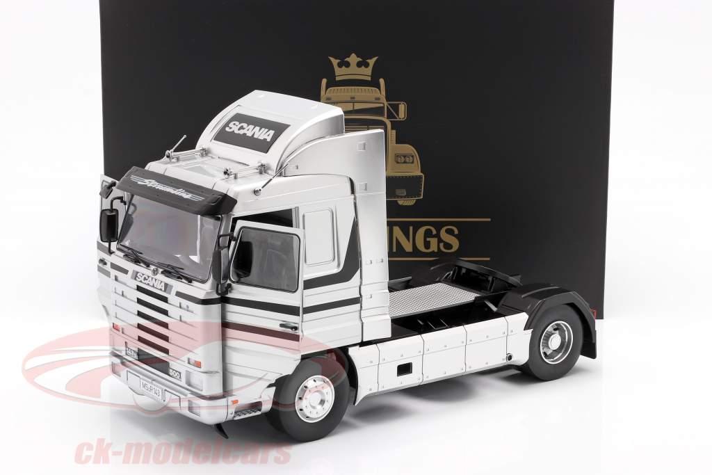 Scania 143 Streamline Sattelzugmaschine Baujahr 1995 silber / schwarz 1:18 Road Kings