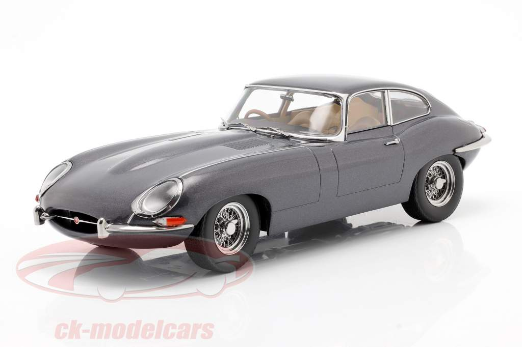 Jaguar E-Type Coupe Series 1 RHD Baujahr 1961 grau metallic 1:18 KK-Scale