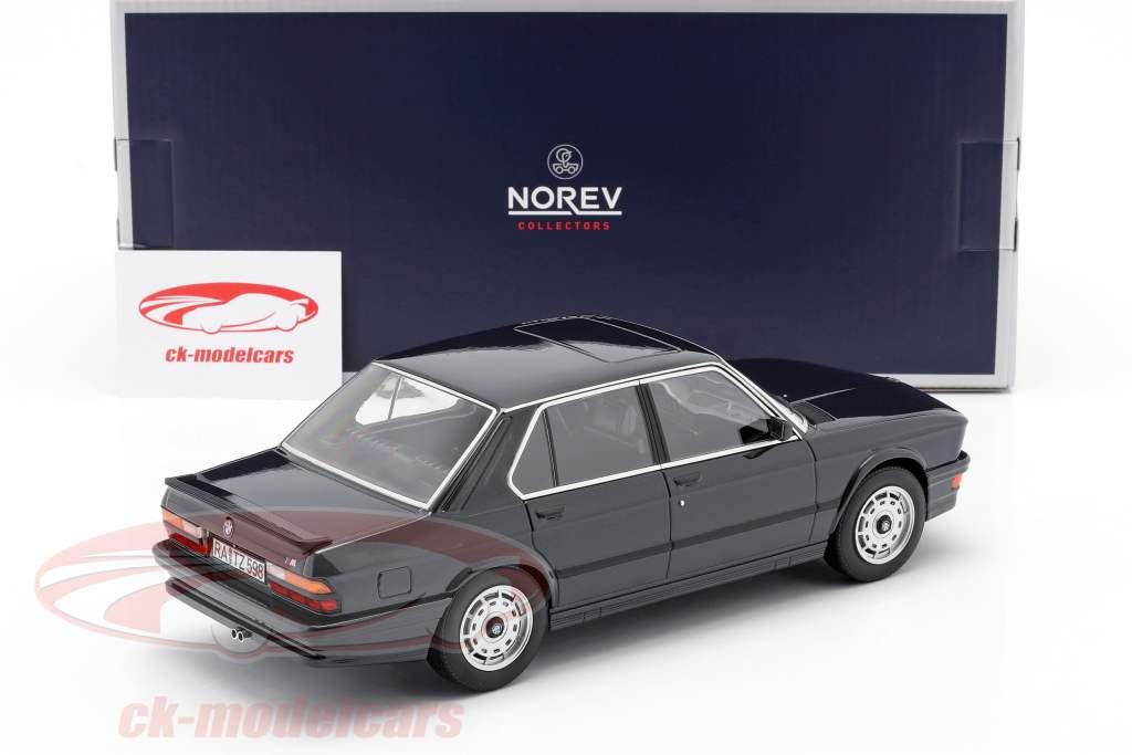 BMW M 535i Byggeår 1986 sort metallisk 1:18 Norev