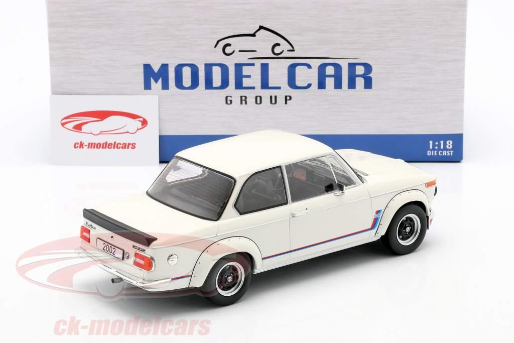 BMW 2002 Turbo (E20) year 1973 white 1:18 Model Car Group