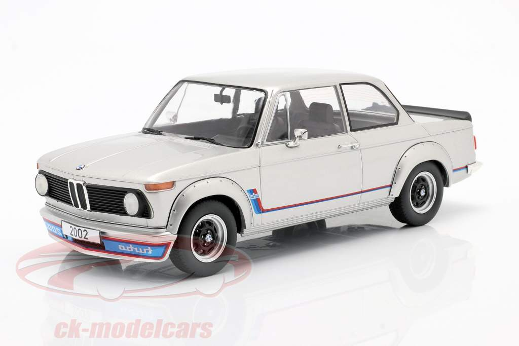 BMW 2002 Turbo (E20) year 1973 silver 1:18 Model Car Group