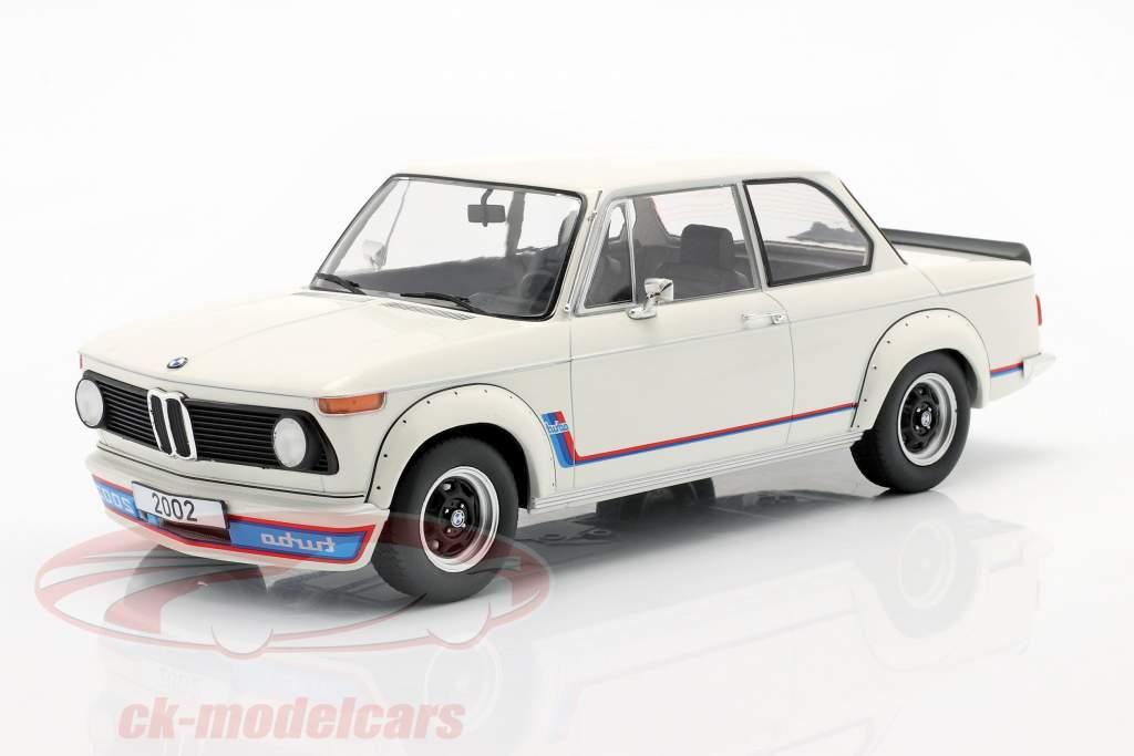 BMW 2002 Turbo (E20) Año de construcción 1973 Blanco 1:18 Model Car Group