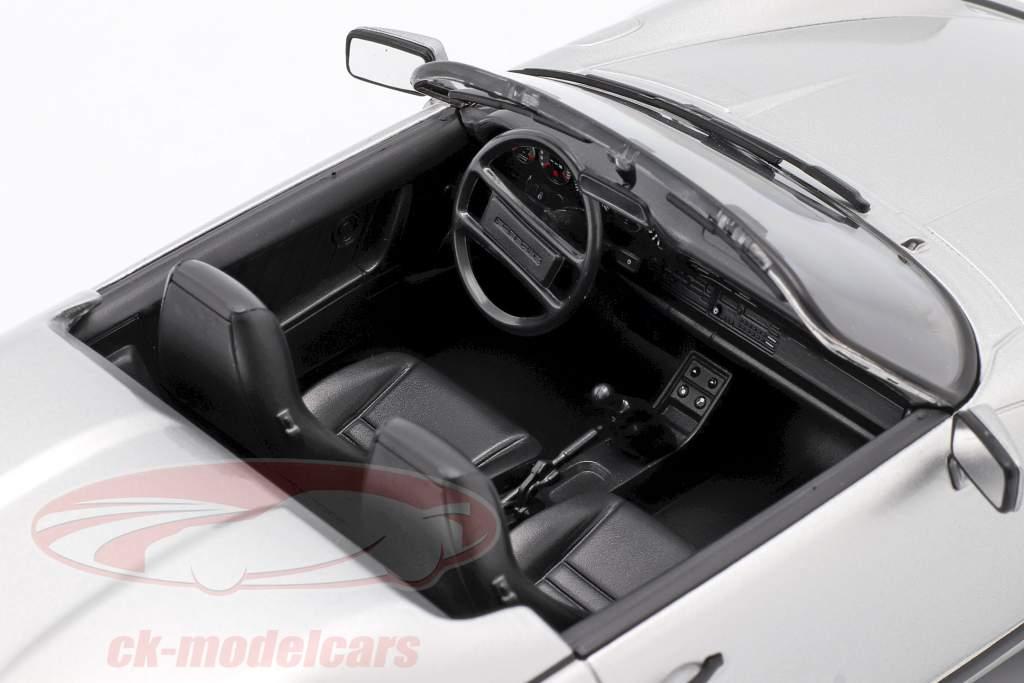 Porsche 911 Speedster Ano de construção 1989 prata 1:18 KK-Scale