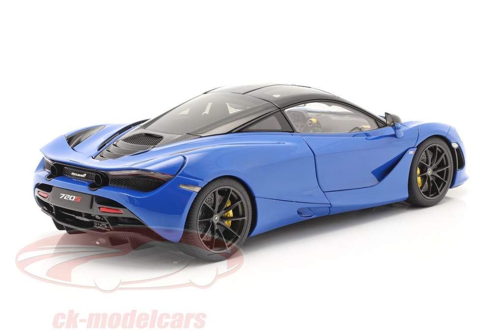 McLaren 720S Anno di costruzione 2017 blu metallico 1:18 AUTOart
