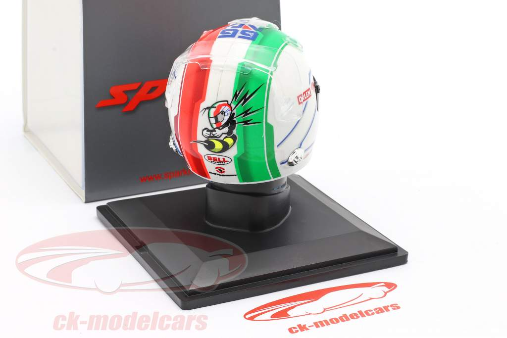 Antonio Giovinazzi #99 Alfa Romeo Racing Orlen formule 1 2020 helm 1:5 Spark