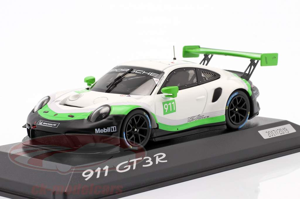 Porsche 911 GT3 R Baujahr 2019 #911 1:43 Minichamps