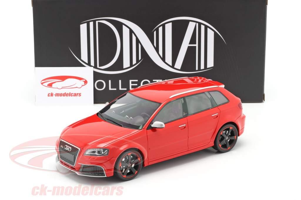 Audi RS 3 Baujahr 2011 rot / schwarze Felgen 1:18 DNA Collectibles