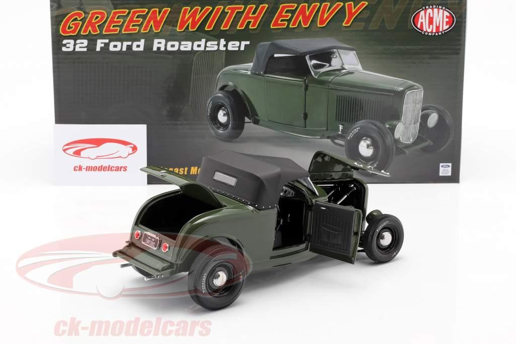 Ford Roadster Baujahr 1932 Green with Envy dunkelgrün / schwarz 1:18 GMP