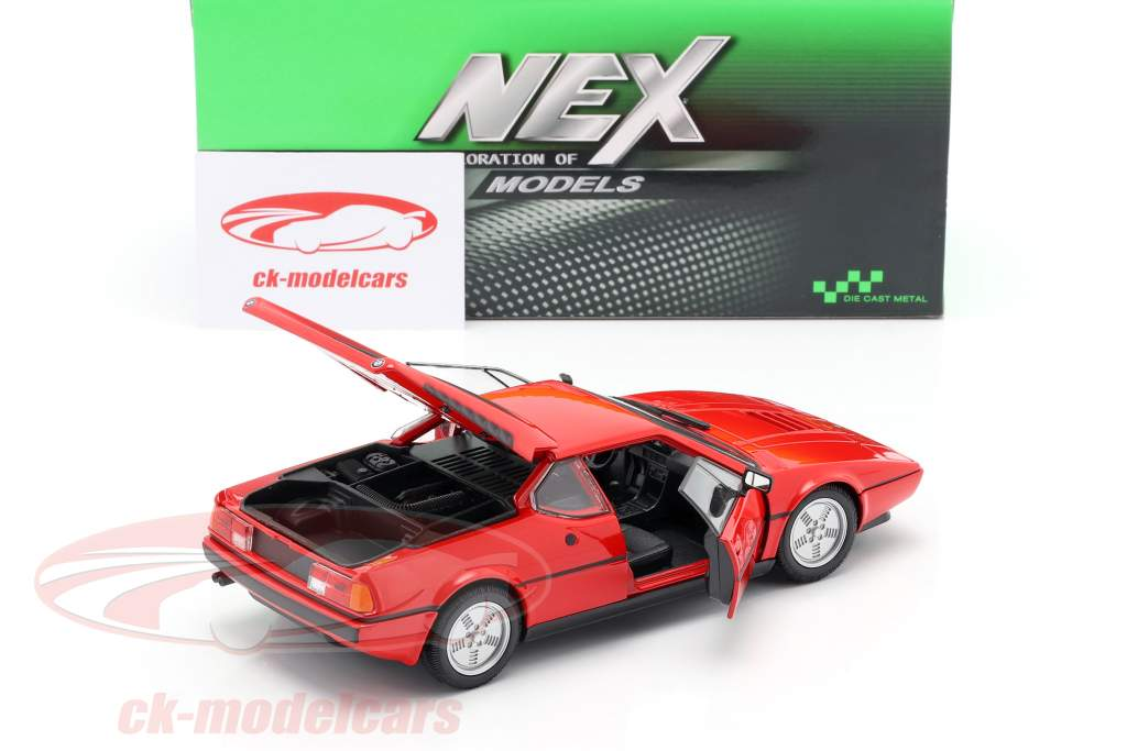 BMW M1 anno 1978 rosso 1:24 Welly
