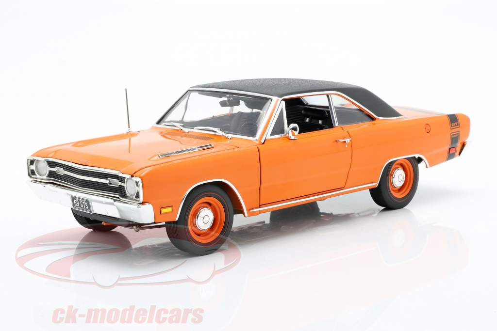 Dodge Dart GTS 440 with vinyl top year 1969 orange / black 1:18 GMP