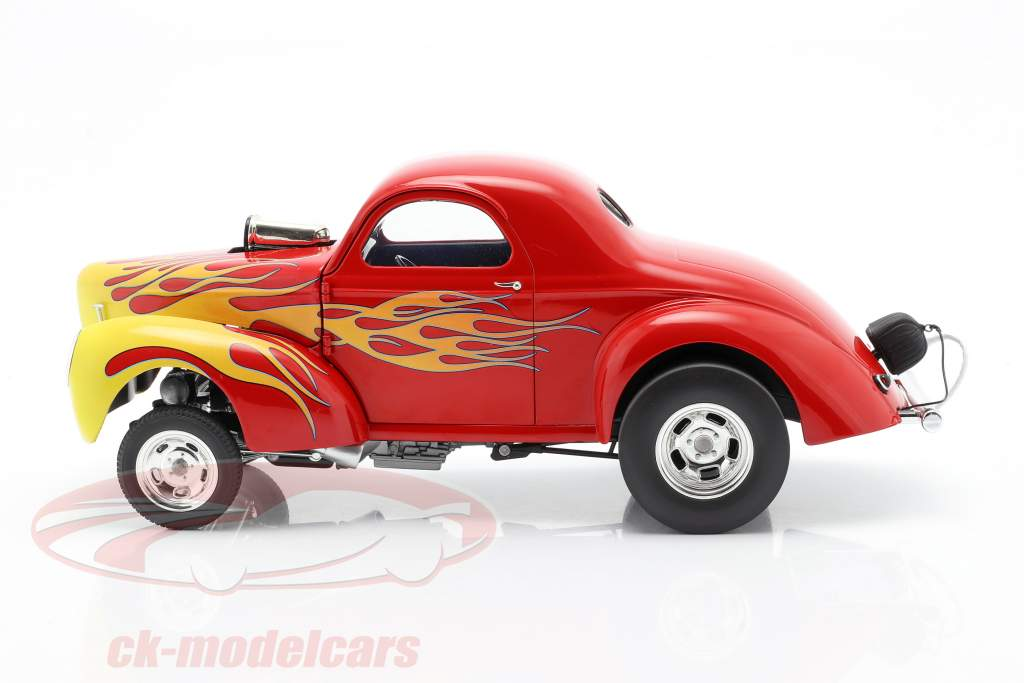 Willys Gasser year 1941 red with flames 1:18 GMP