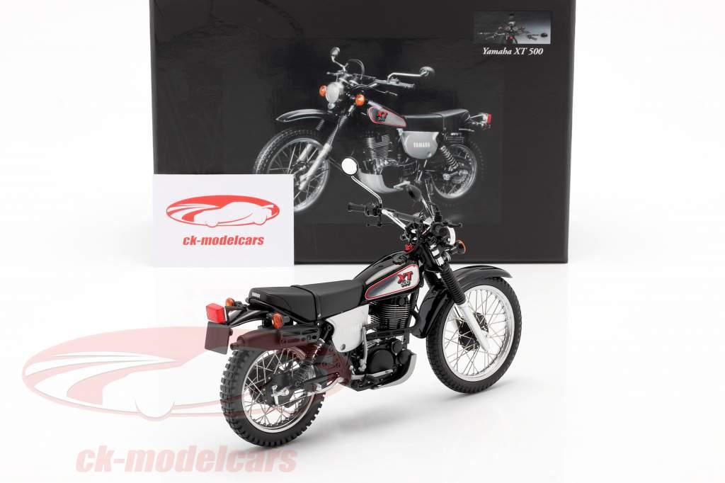Yamaha XT 500 Bouwjaar 1988 zwart / Zilver grijs 1:12 Minichamps