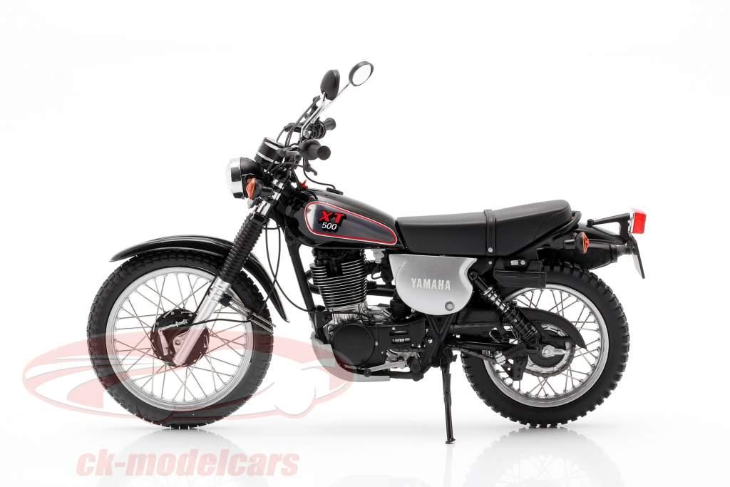 Yamaha XT 500 Baujahr 1988 schwarz / silbergrau 1:12 Minichamps
