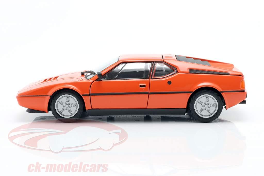 BMW M1 année 1978 Orange 1:24 Welly
