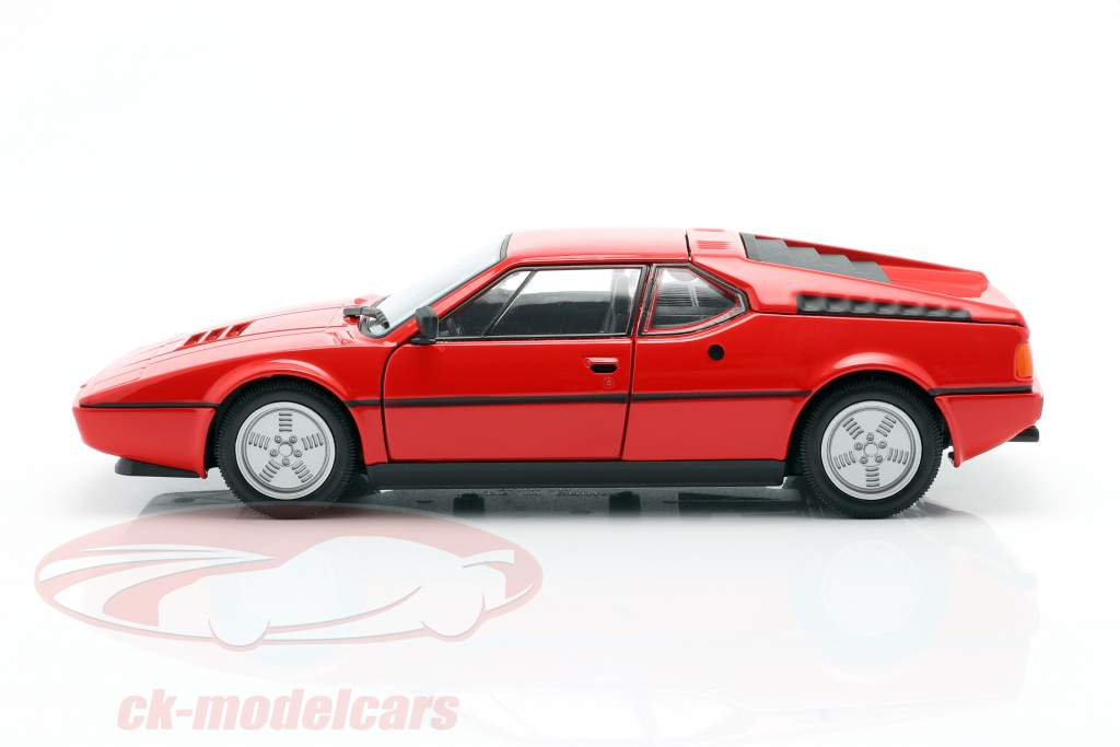 BMW M1 år 1978 rød 1:24 Welly