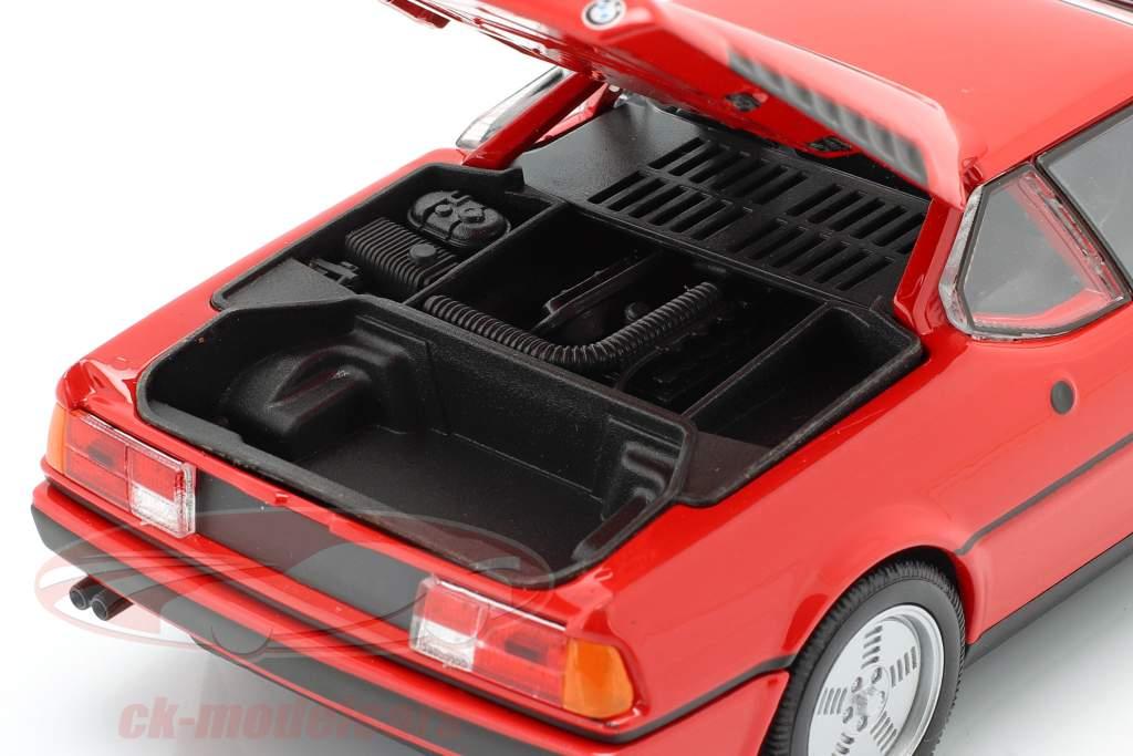 BMW M1 ano 1978 vermelho 1:24 Welly