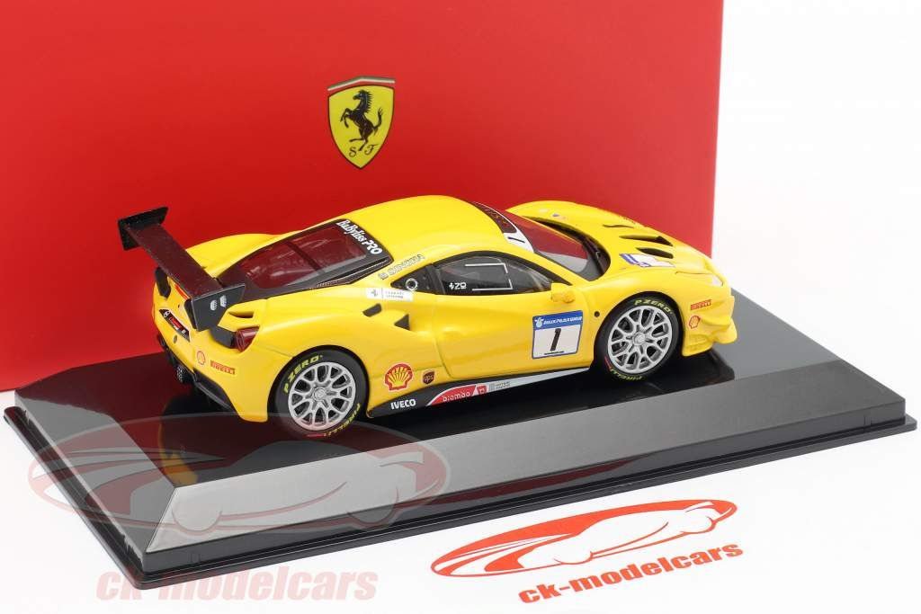 Ferrari 488 Challenge #1 gul 1:43 Bburago