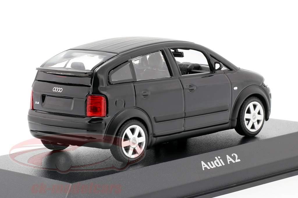 Audi A2 (8Z) Année de construction 2000 noir métallique 1:43 Minichamps