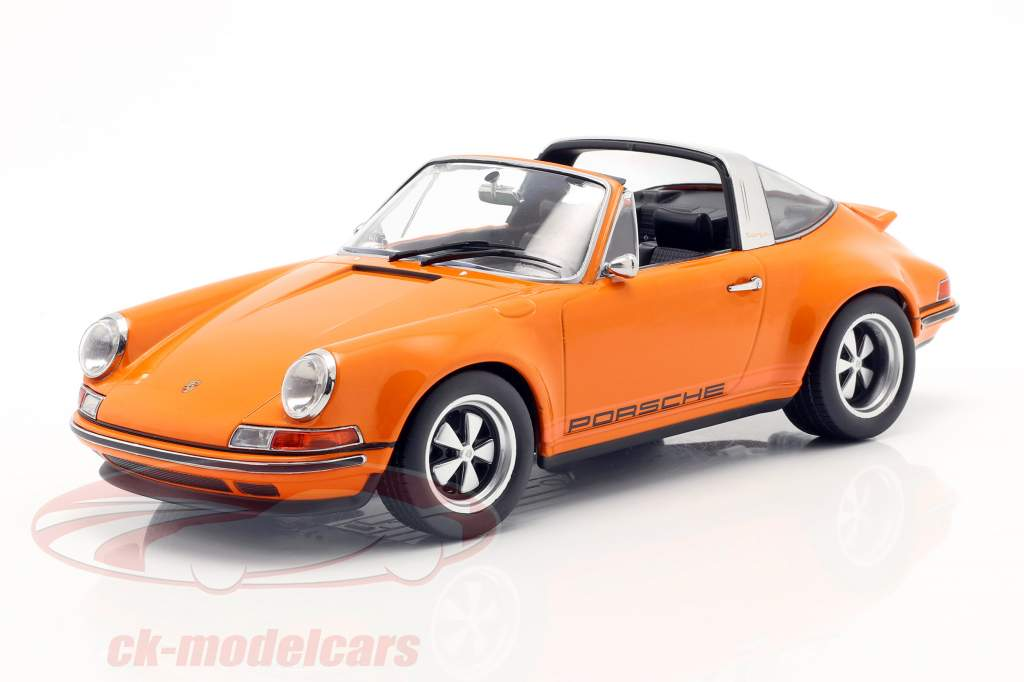 Porsche 911 Targa Singer Design laranja 1:18 KK-Scale
