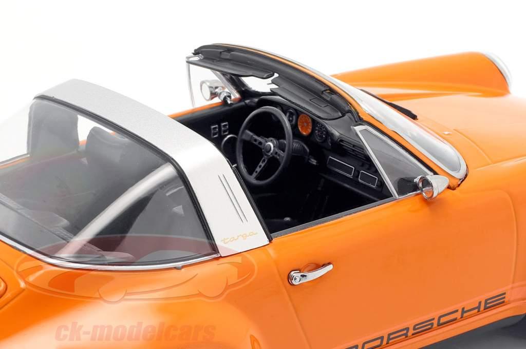 Porsche 911 Targa Singer Design naranja 1:18 KK-Scale