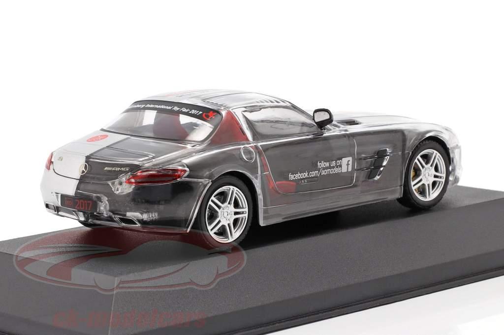 Mercedes-Benz SLS AMG Jaar van de Haan ToyFair Nürnberg 2017 zilver 1:43 Ixo