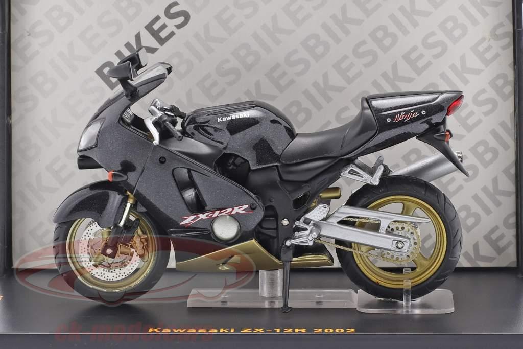Kawasaki ZX-12R year 2002 black 1:24 Ixo