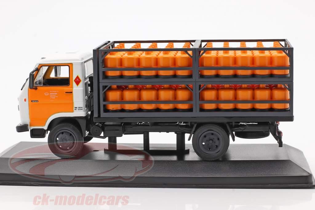 Pegaso Ekus Truck Repsol Butano year 1988 white / yellow 1:43 Altaya