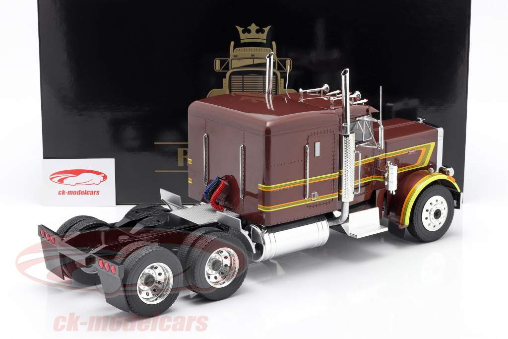 Peterbilt 359 Bull Nose Sattelzugmaschine 1967 braun metallic 1:18 Road Kings
