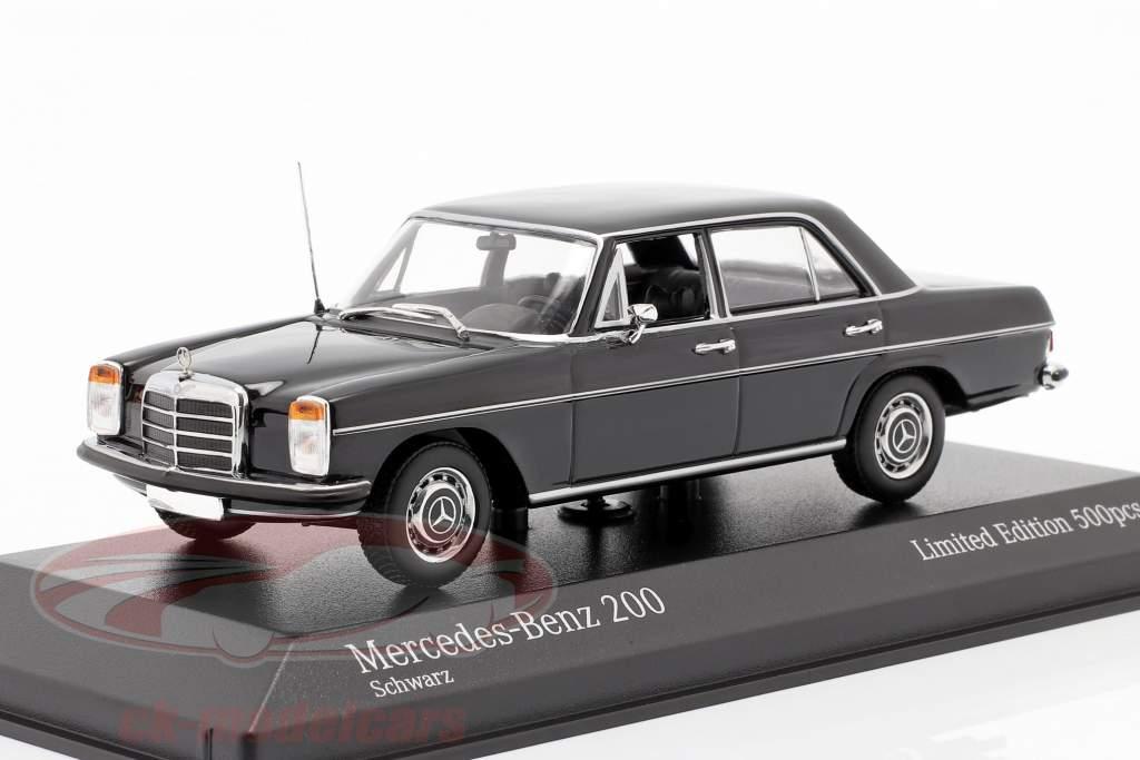 Mercedes-Benz 200D (W114/115) Anno di costruzione 1968 nero 1:43 Minichamps