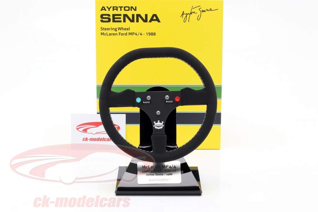 Ayrton Senna McLaren MP4/4 formule 1 Champion du monde 1988 volant 1:2 Minichamps