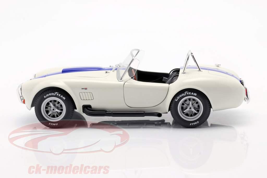 Shelby AC Cobra 427 Hardtop Année de construction 1965 blanc / bleu 1:18 Solido