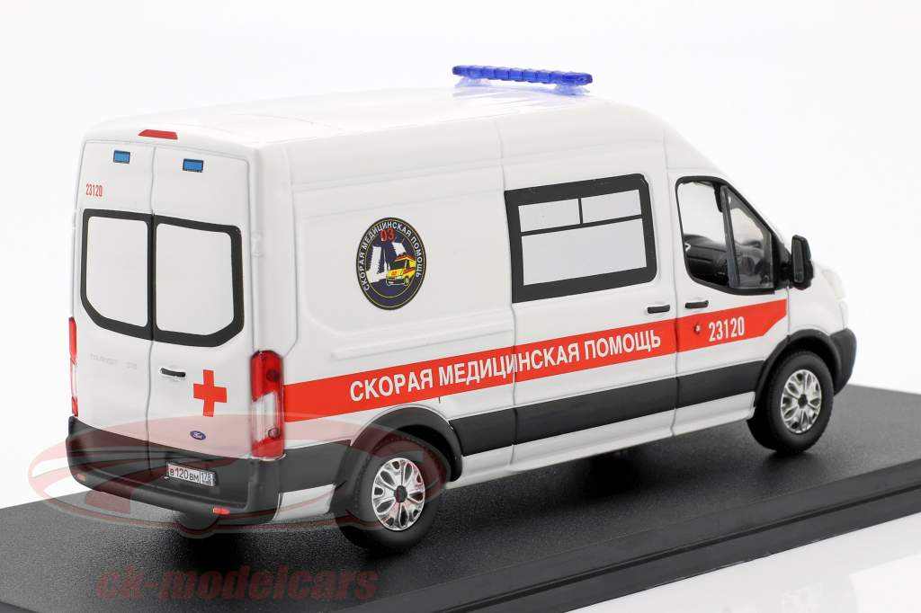 Ford Transit LWB Ambulance St. Petersborg Byggeår 2019 hvid 1:43 Greenlight