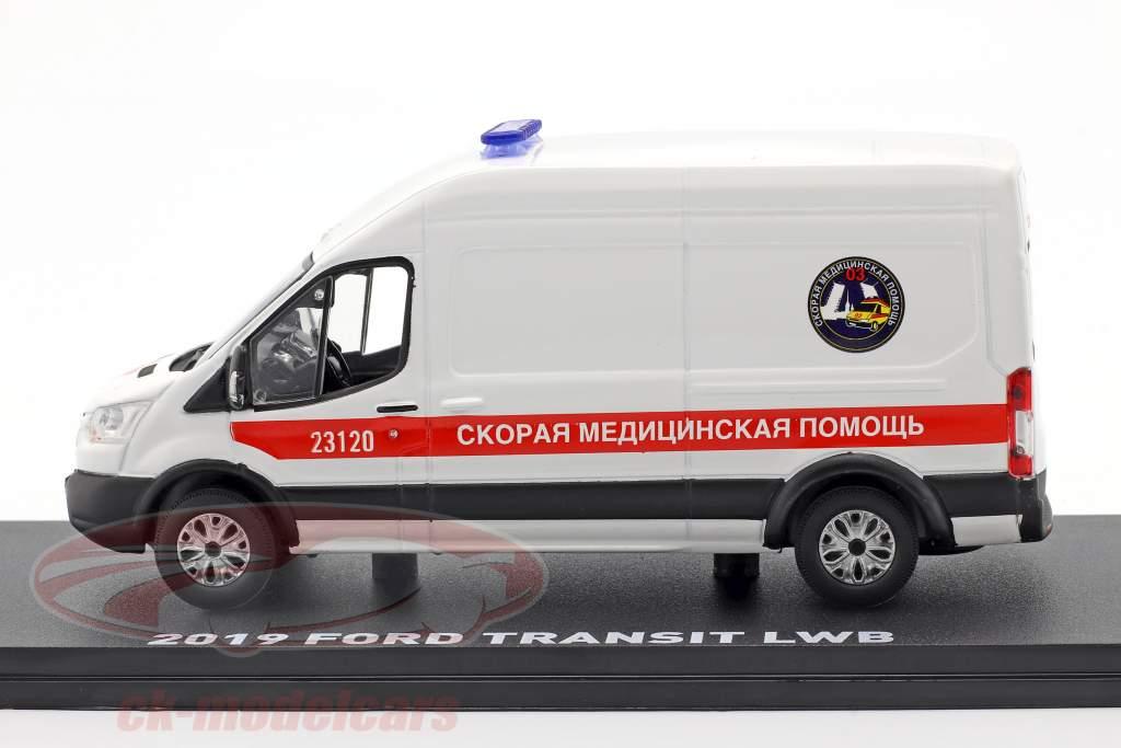 Ford Transit LWB Ambulância St. Petersburgo Ano de construção 2019 Branco 1:43 Greenlight