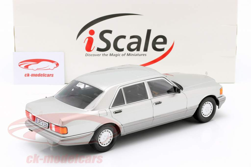 Mercedes-Benz 560 SEL Clase S (W126) 1985 plata astral / gris 1:18 iScale