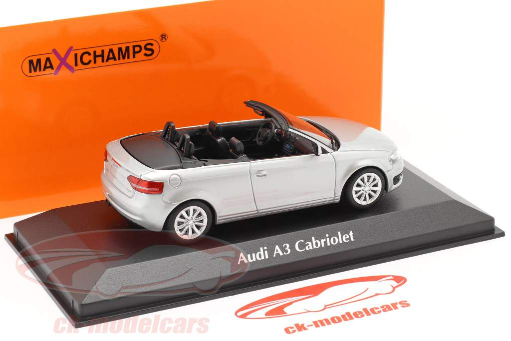 Audi A3 Cabriolet Bouwjaar 2007 zilver metalen 1:43 Minichamps
