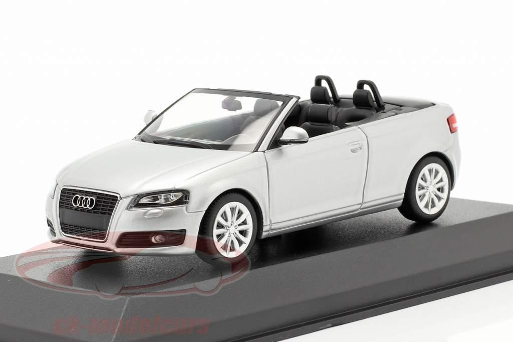 Audi A3 Cabriolet Année de construction 2007 argent métallique 1:43 Minichamps