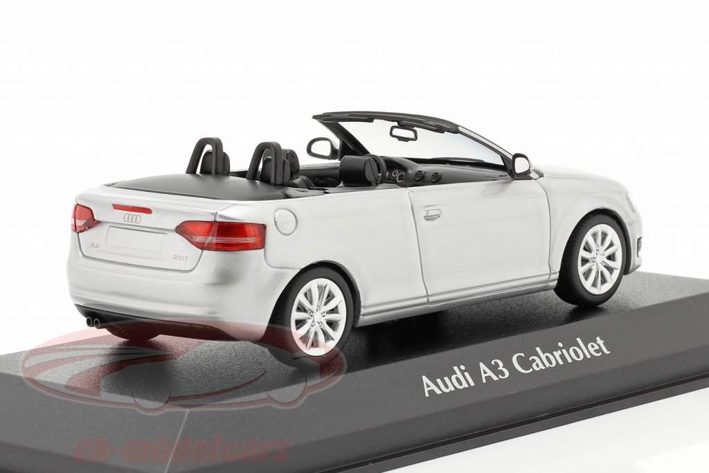 Audi A3 Cabriolet Baujahr 2007 silber metallic 1:43 Minichamps