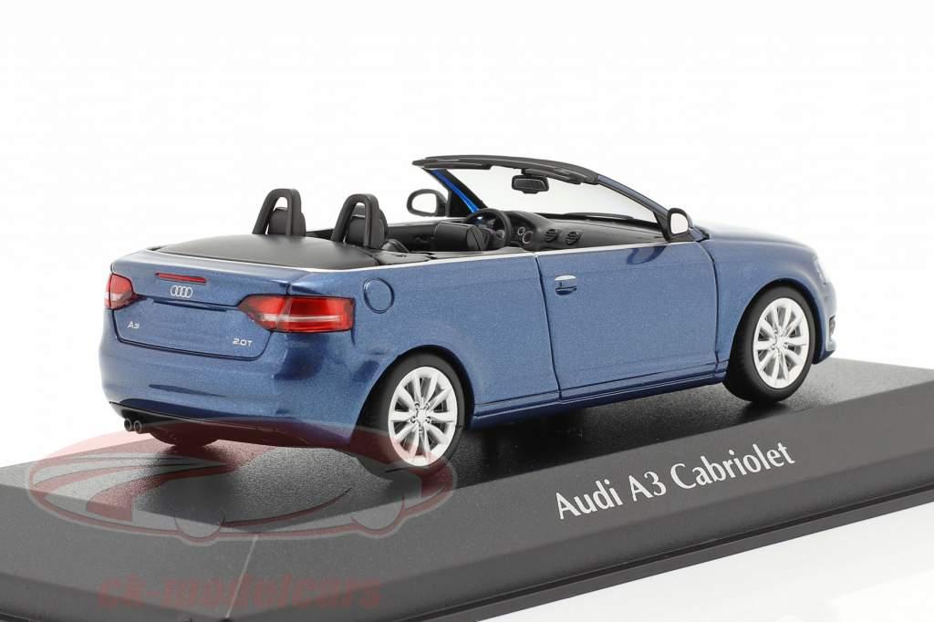 Audi A3 Cabriolet Bouwjaar 2007 blauw metalen 1:43 Minichamps
