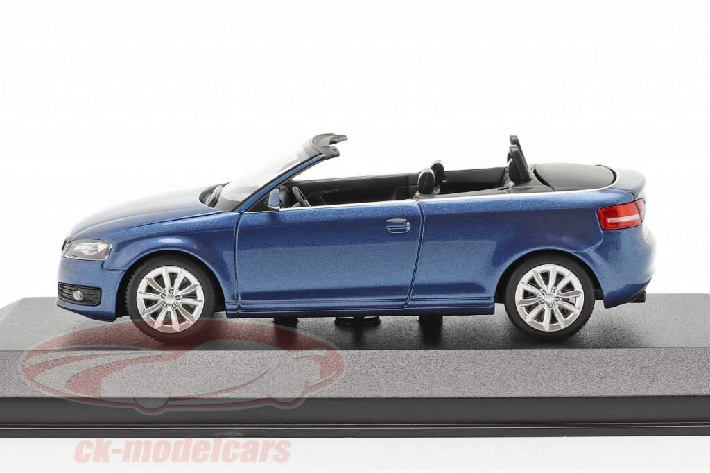 Audi A3 Cabriolet Byggeår 2007 blå metallisk 1:43 Minichamps