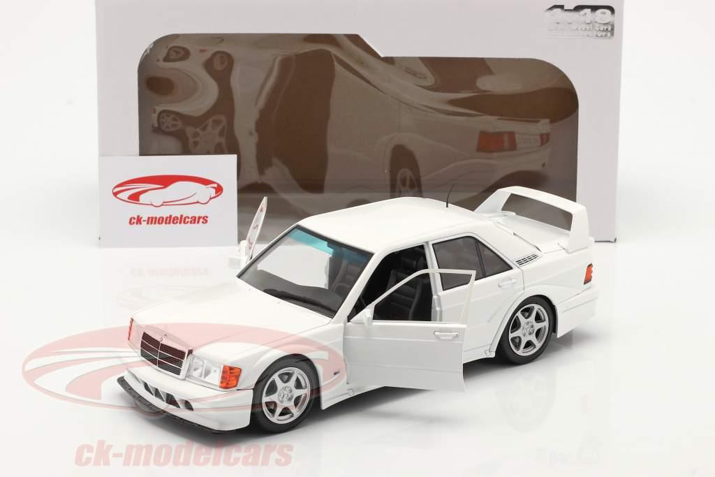 Mercedes-Benz 190E Evo 2 Bouwjaar 1990 Wit 1:18 Solido