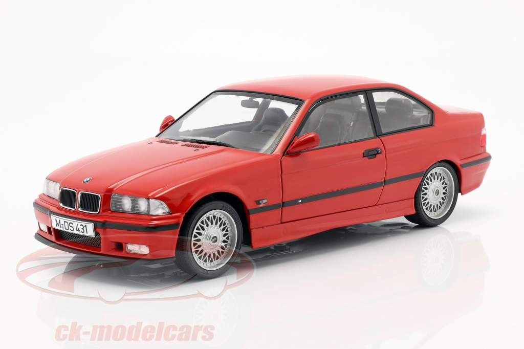 BMW M3 (E36) Coupe Bouwjaar 1994 rood 1:18 Solido