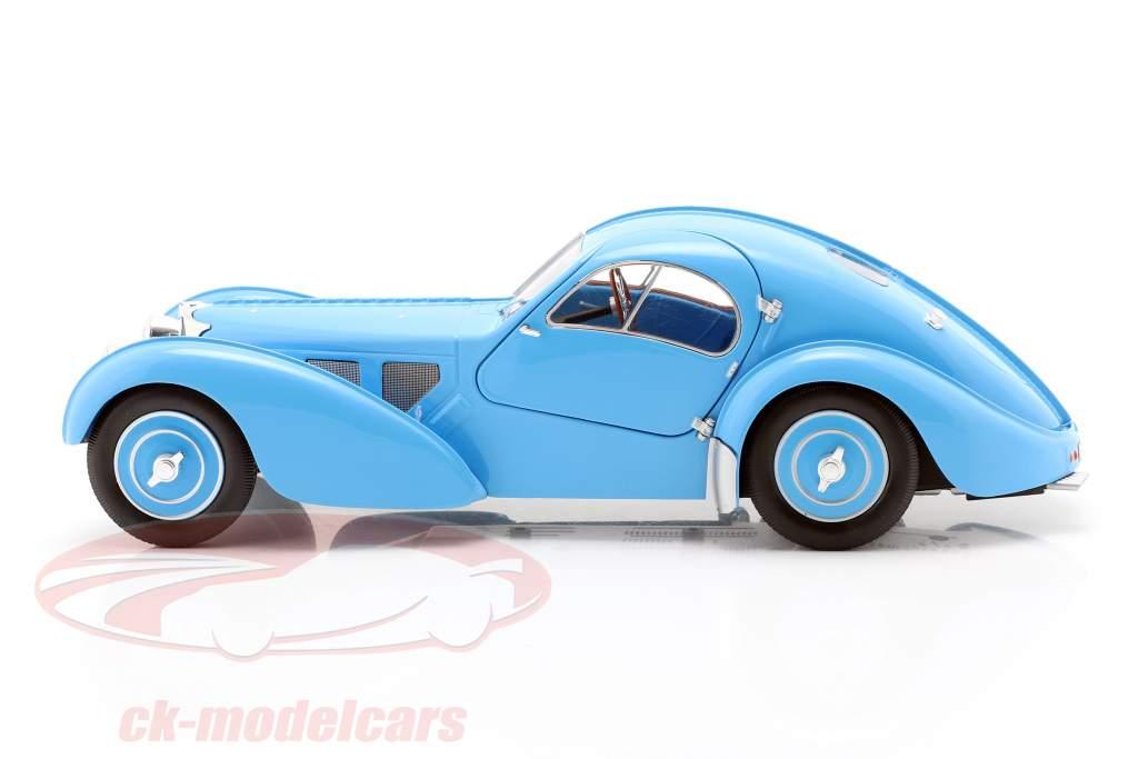 Bugatti Type 57 SC Atlantic Bouwjaar 1938 Lichtblauw 1:18 Solido