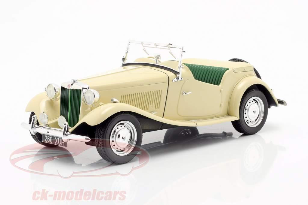 MG TD RHD year 1953 ivory 1:18 Cult Scale