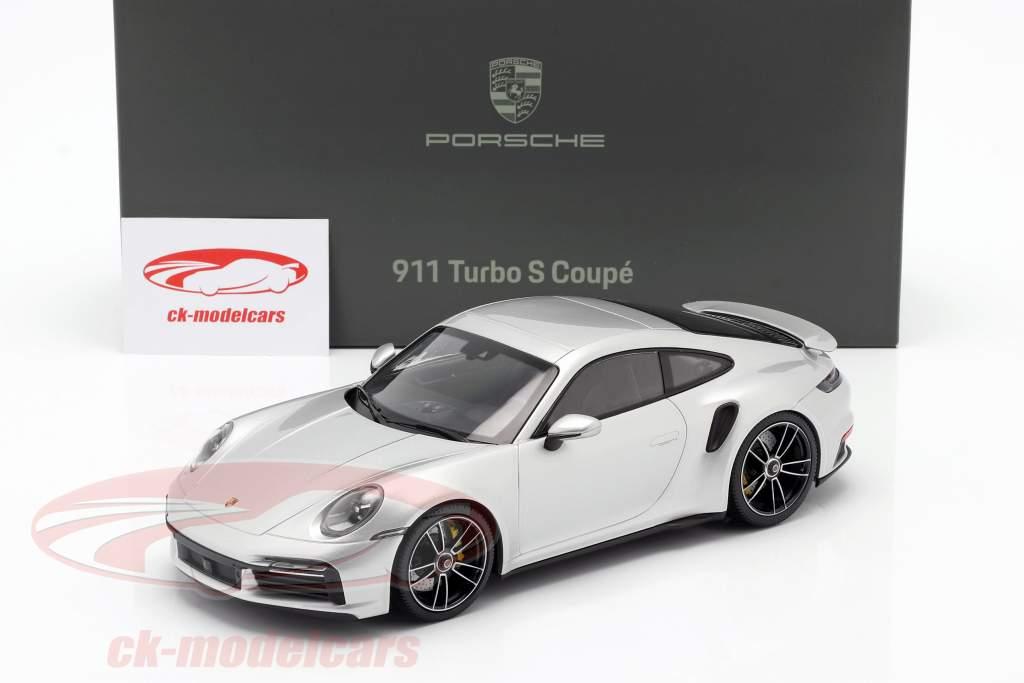 Porsche 911 (992) Turbo S Année de construction 2020 GT argent métallique 1:18 Minichamps