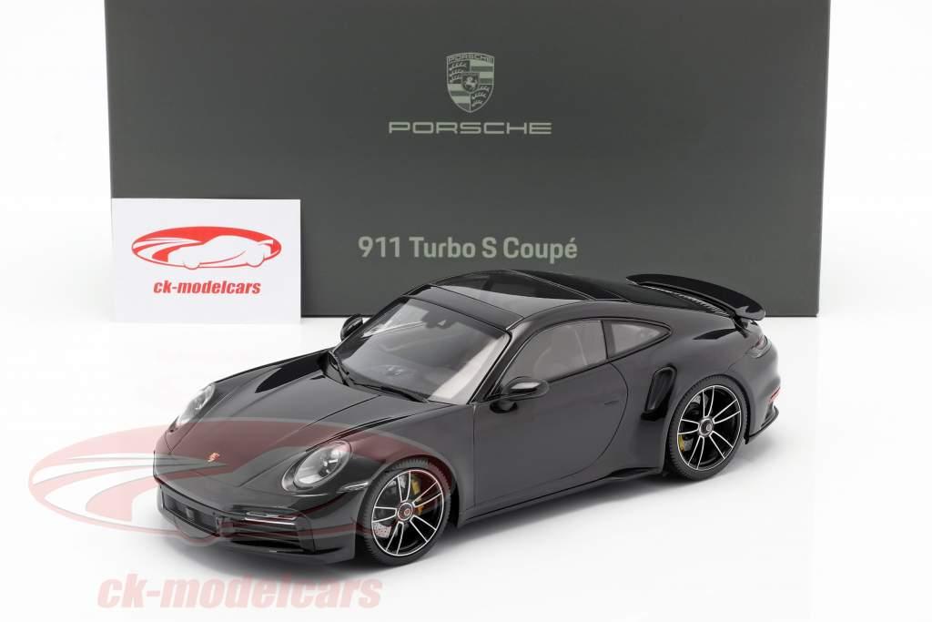 Porsche 911 (992) Turbo S Anno di costruzione 2020 nero profondo metallico 1:18 Minichamps