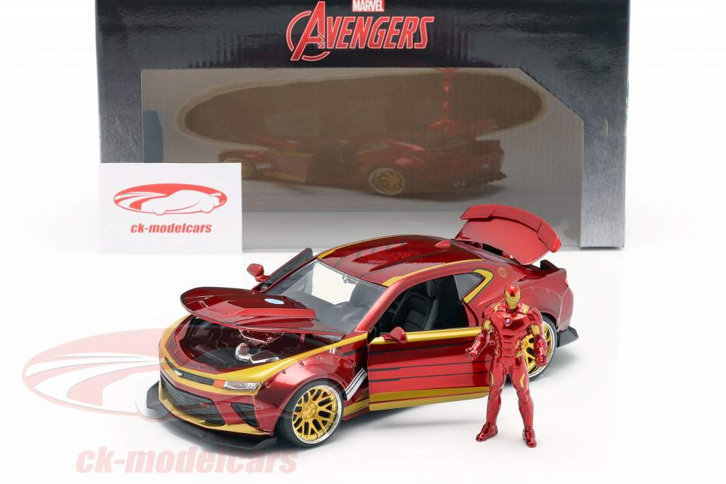 Chevrolet Camaro 2016 com figura Iron Man Marvel's The Avengers vermelho / ouro 1:24 Jada Toys
